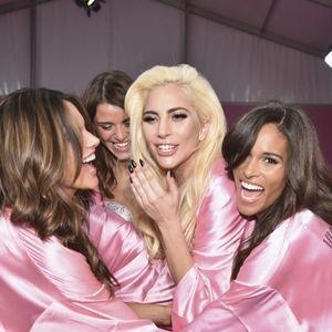 🎀2016 Paris Victoria's Secret Fashion Show Robe🎀